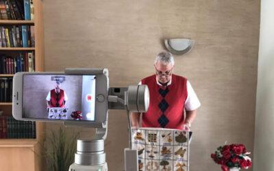 Snapshot // CAMA Zendeling Albert neemt online preek op //
