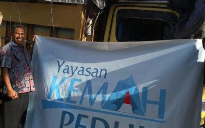 Al vijf vrachtwagens met hulpgoederen voor Sulawesi!