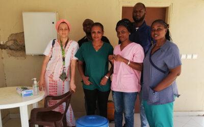Zendeling en arts in Senegal: hoe gaat Tabitha Kieviet om met Corona?